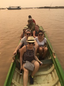 Volunteer in Cambodia with Globalong