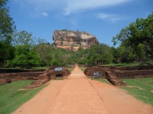 visite des temples bouddhistes au Sri Lanka avec Globalong
