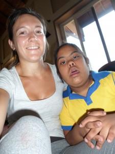 Fiona au Sri Lnka intervient avec Globalong auprès d'enfants dans les orphelinats