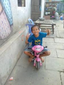 mission bénévole avec les enfant en Asie Cambodge Globalong